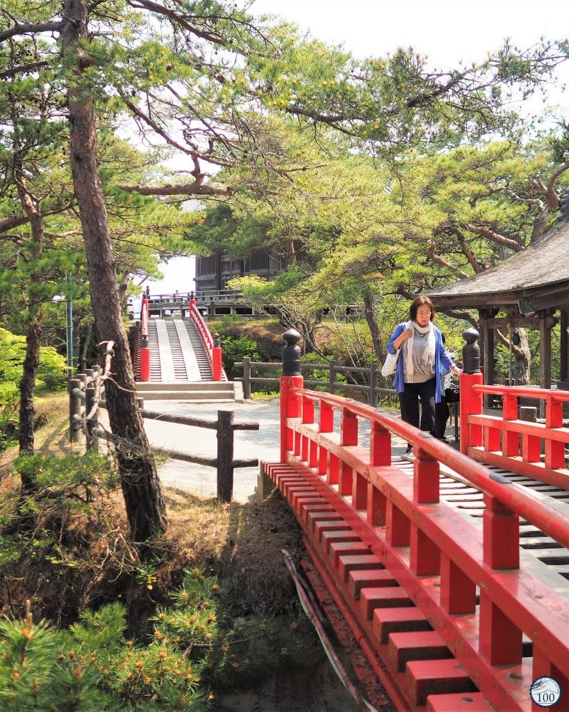 Two red bridges to cross Oshima island
