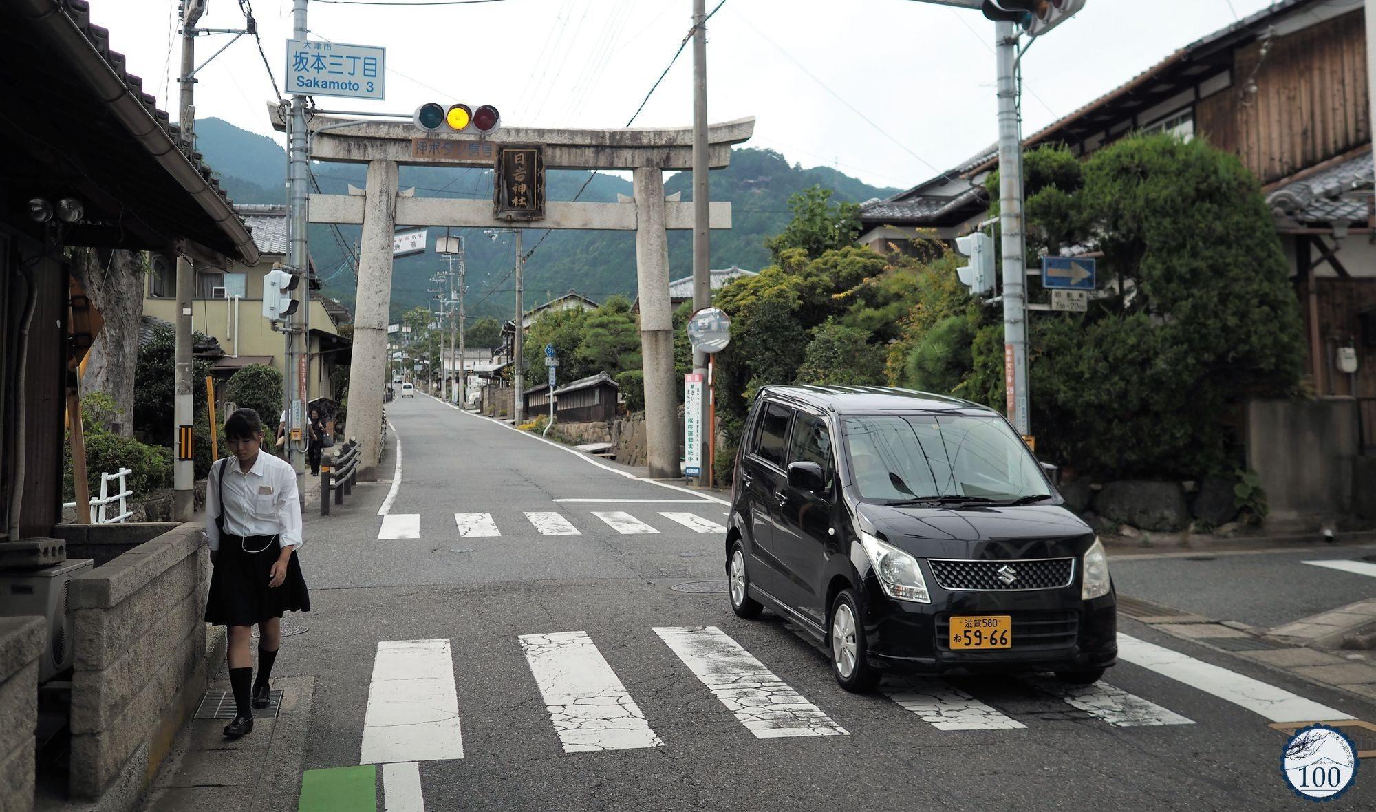 conseils pour louer une voiture et conduire au japon nippon100. Black Bedroom Furniture Sets. Home Design Ideas